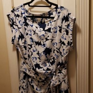 Floral blouse with front bow